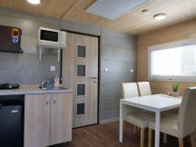 8L Bungalovy M, 3 pokoje, kuchyn, WC, sprcha
