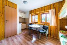 2-4L chatky, vlastní kuchyňka a wc, sprcha